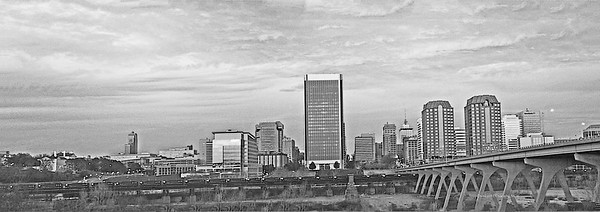 smugmug BW RichmondSkyline Untitled_Panoramic