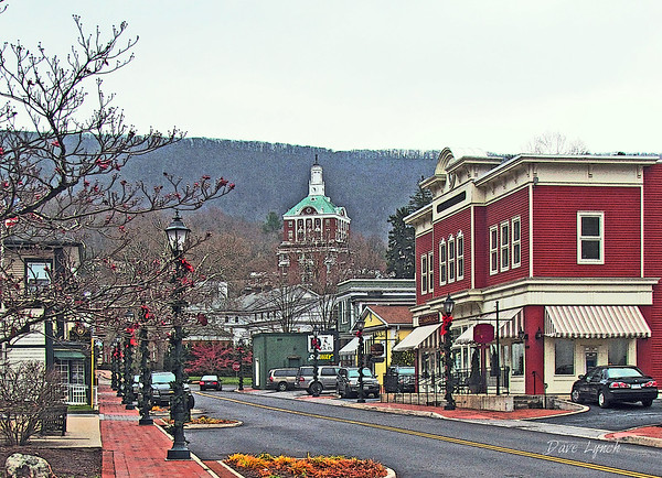 "Title: ""Christmas In Hot Springs"" Place: Hot Springs, VA Click ""Buy"" For Prints  Watermark will not print on your order  All photos available matted and framed: 5x7 -     $39 8x10 -   $49 11x14 - $69 16x20 - $149 All Photos Available In 5x7 Frameable NoteCards Signed By Dave Lynch  $3.95ea    10/$30 Email Your Order:  ArtGalleryRiverRd@gmail.com"