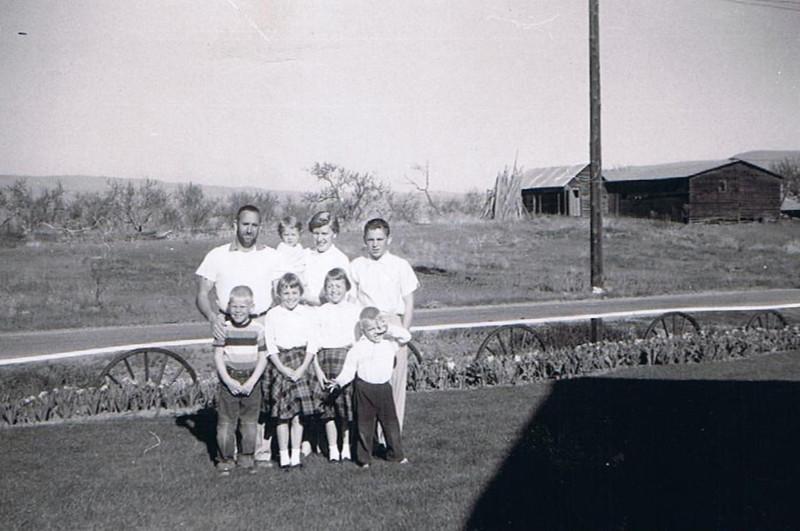 The Yaden Family - 1960 (April) - Yakima, WA<br /> <br /> Back L to R: Dave, Sr. (age 39), Pauli (age 21 mos), Betty Jean (age 32), Dave, Jr. (age 12) <br /> Front L to R: Danny (age 6), Susan (age 8), Janet (age 8), Mark (age 3)