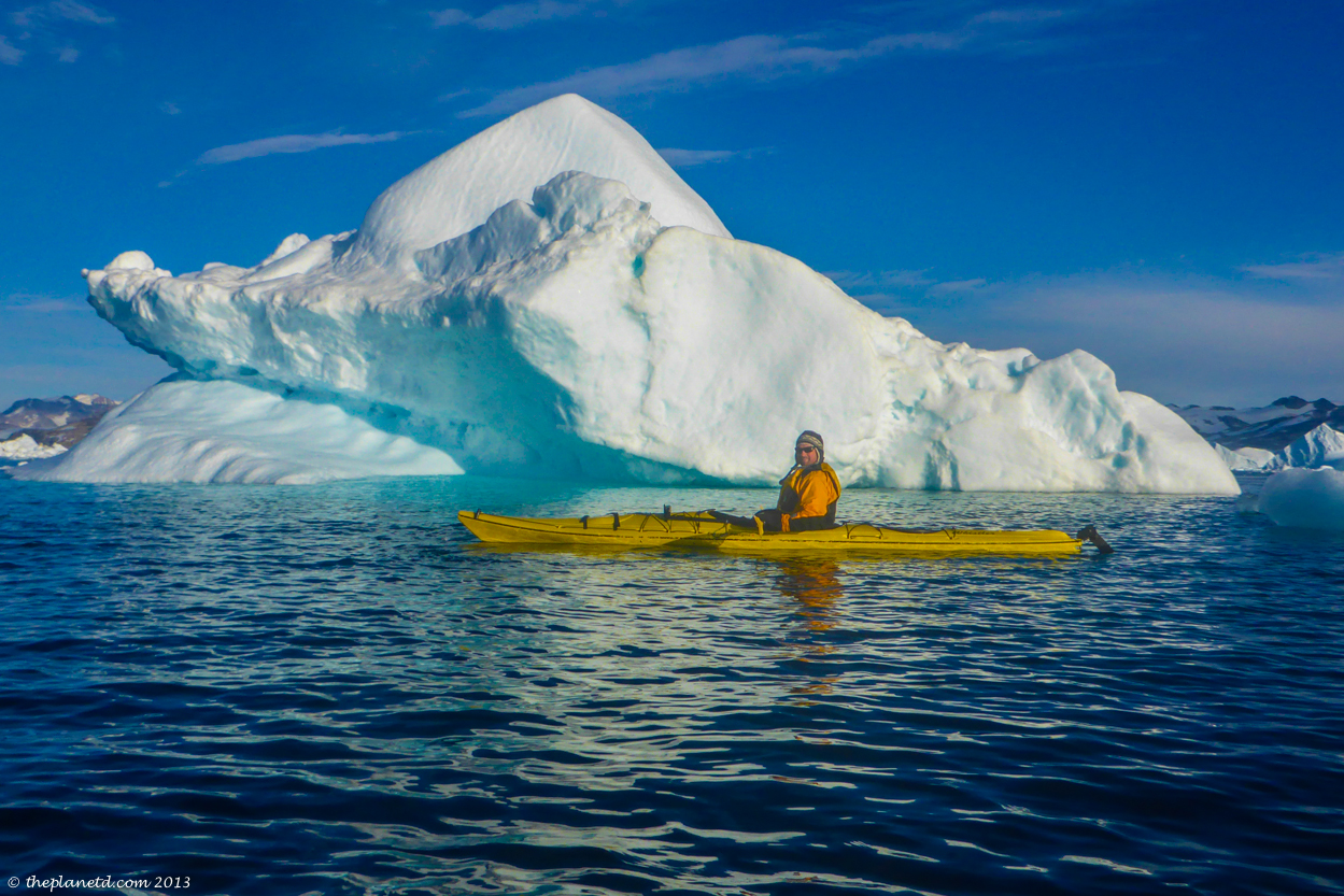 kayaking greenland and icebergs