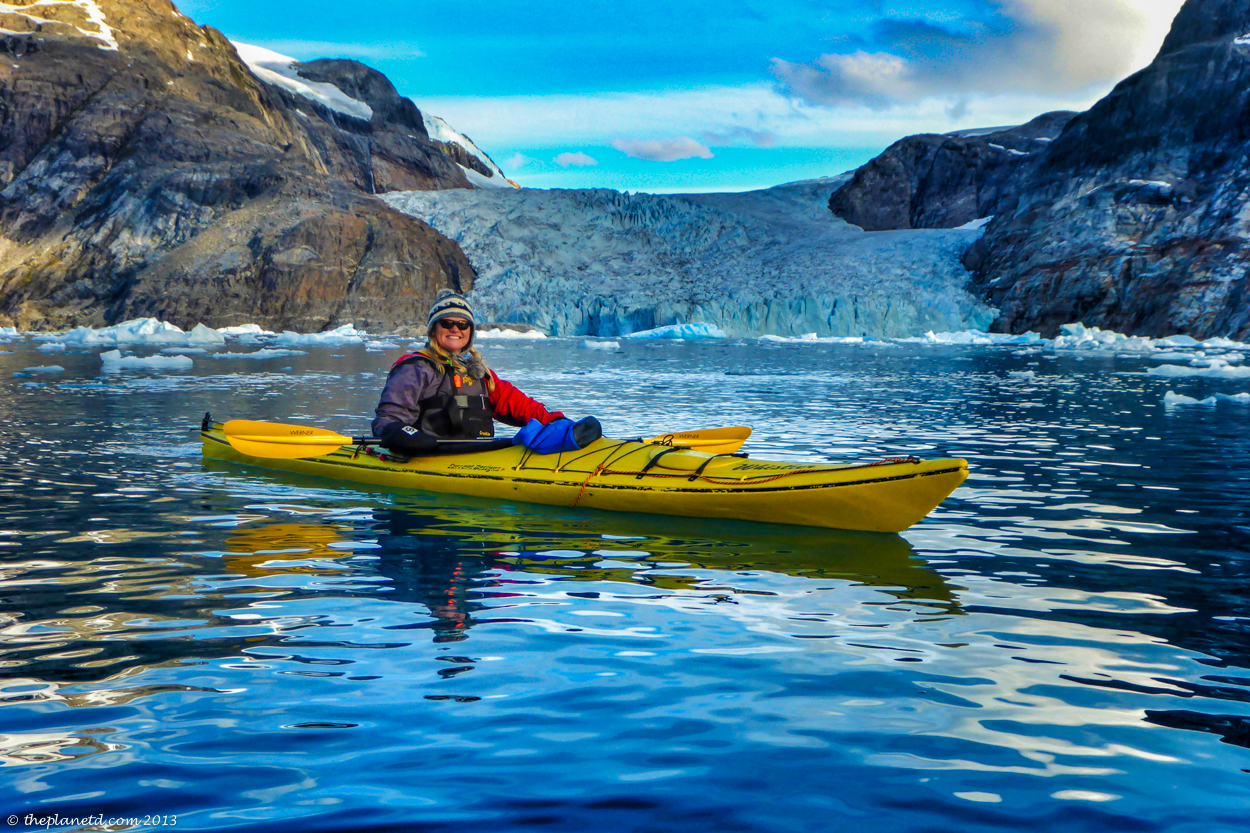 kayaking greenland and glaciers