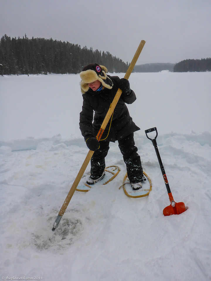 Chipping ice for water