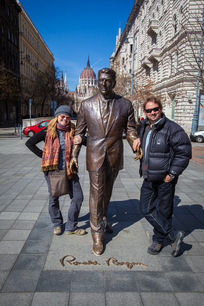 dave and deb with ronald reagan in Budapest
