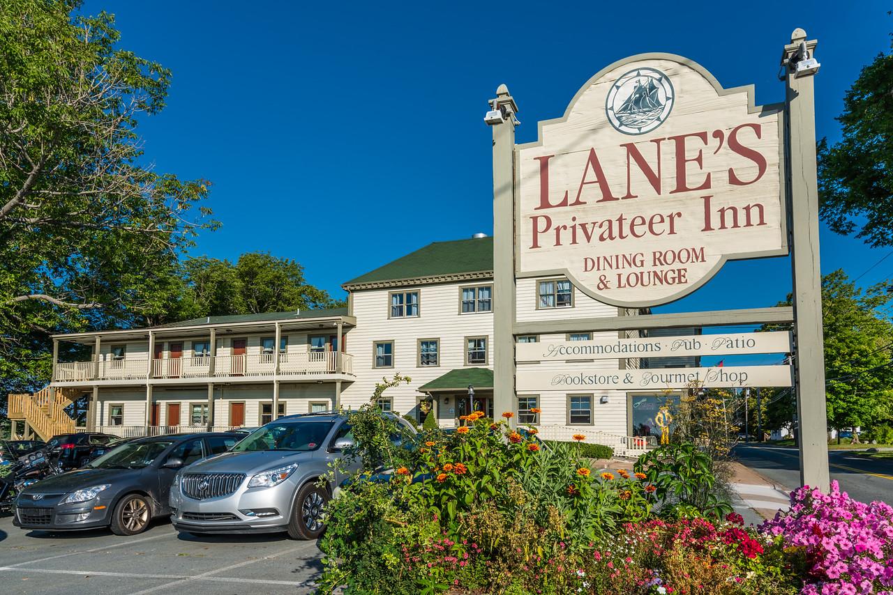Privateer Inn