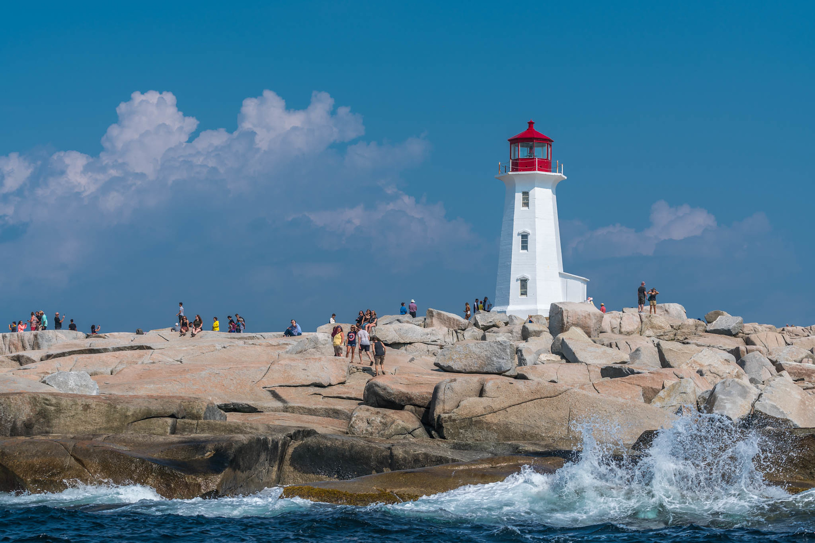 Stay off the Black Rocks at Peggy's Cove!