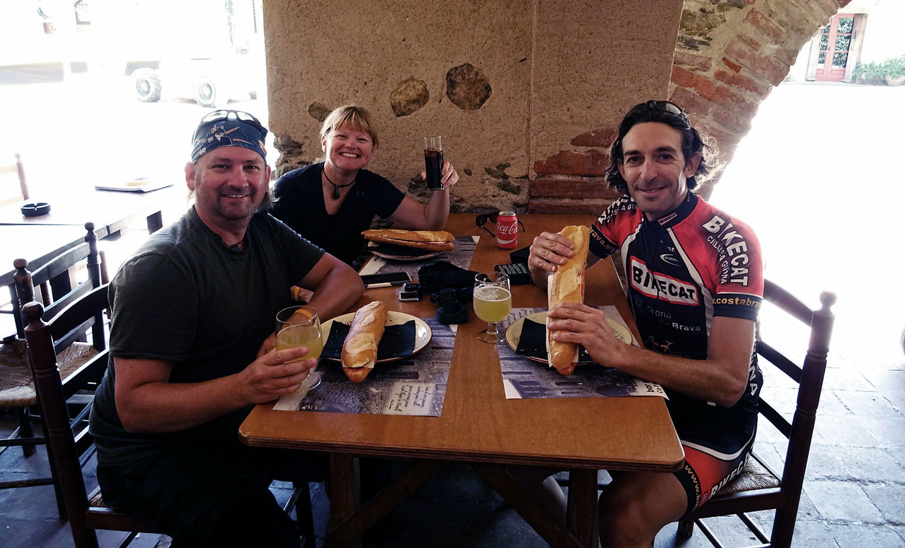 cycle tour lunch stop