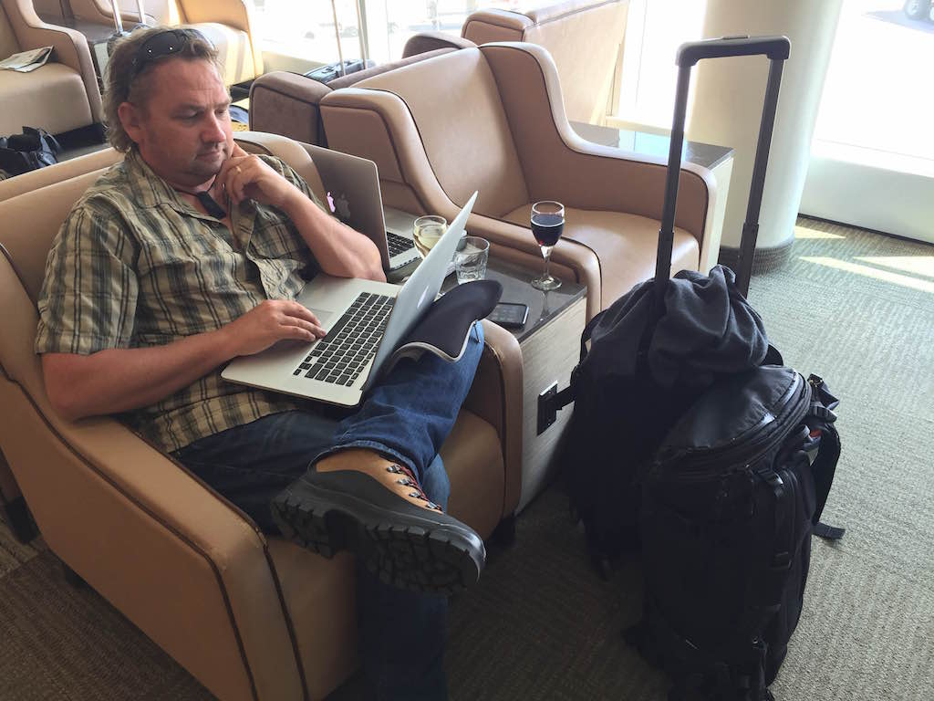 get paid to travel with freelance writing