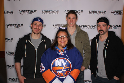 NY Islanders Dave and Busters