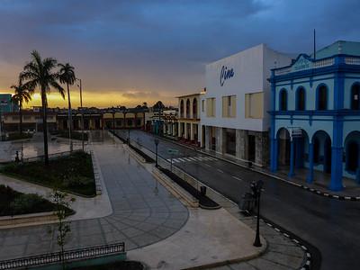 Parque Cespedes Bayamo Sunset.JPG