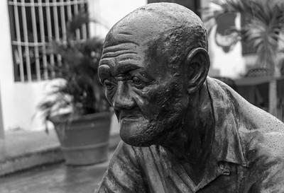 Statue detail Plaza del Carmen Camaguey