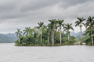 High Water at El Salto de Hanabanilla.ARW