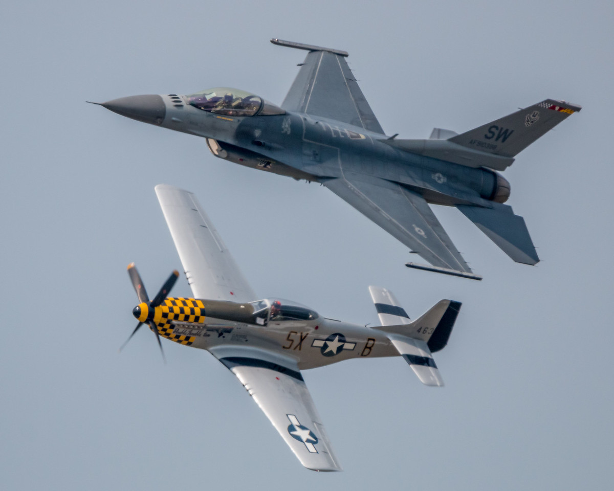 F-16 and P-51 Heritage Flight