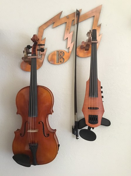 Viola and bow hanger, copper with heat coloring