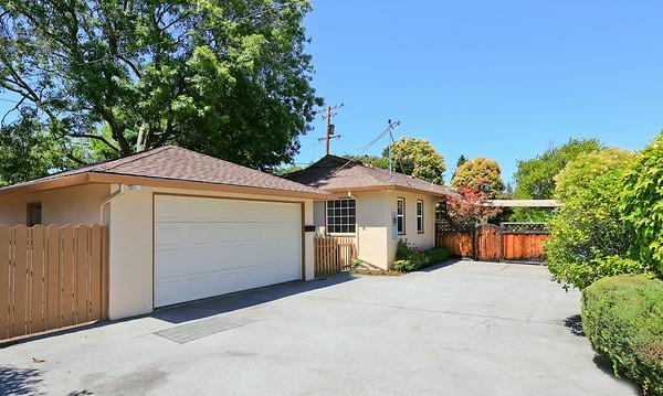 923 Oregon Ave Palo Alto