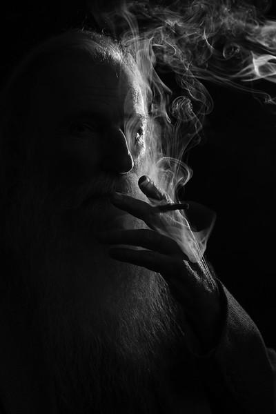 Mathew Cigar Rim Light
