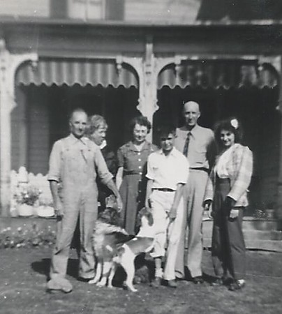 My grandparents, John and Leatha Arnold, grandpas sister, Uncle Dale grandpa's brother, Aunt Nona and I think Dick Blake plus Mac and maybe Buster.  I guess the boy could be Jim Ebert also just not sure.