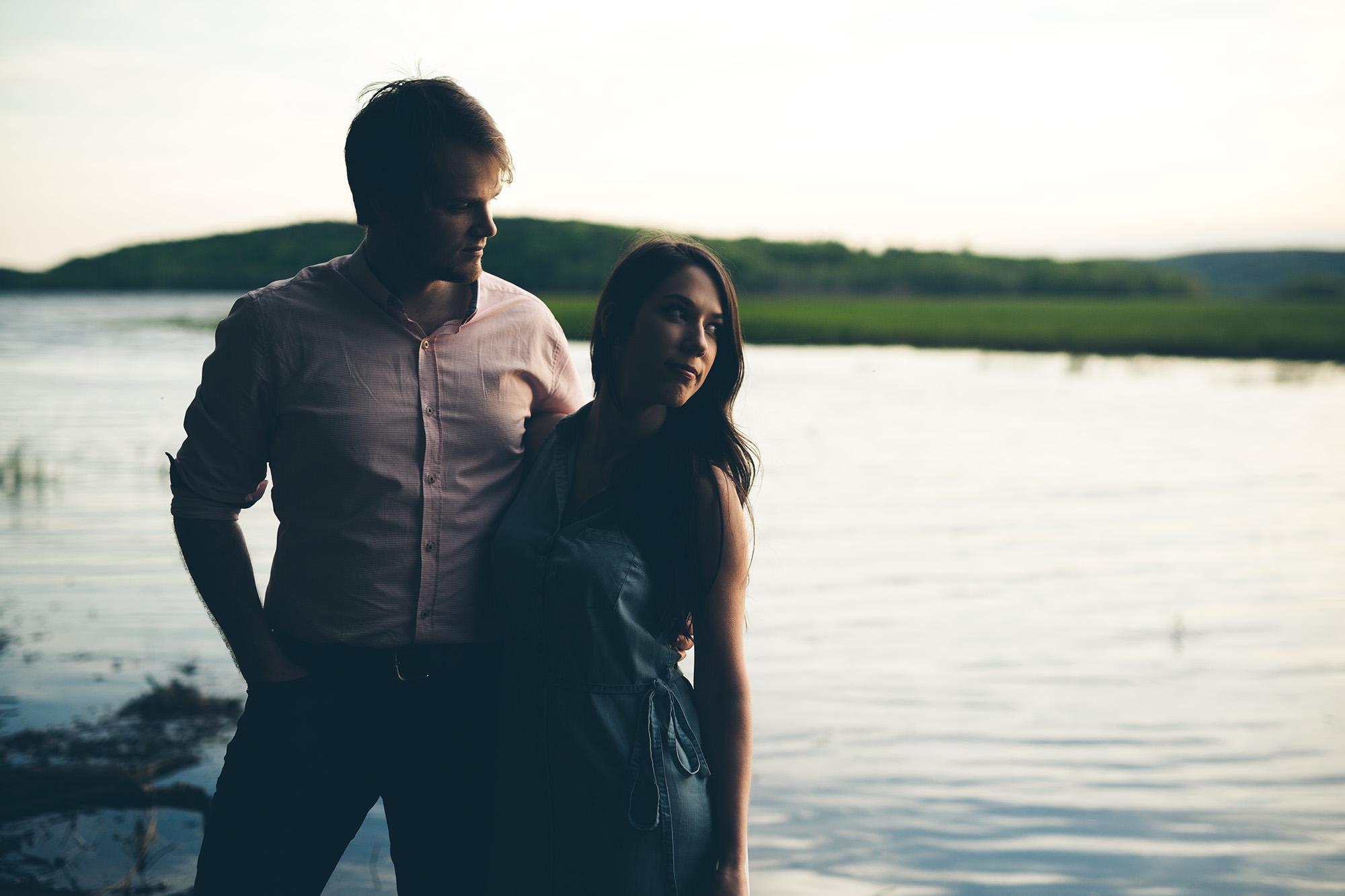 David and Shannon golden light
