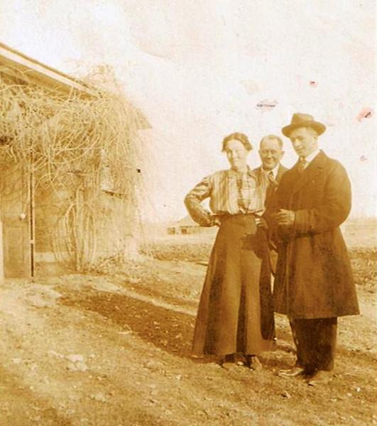 1919 - Hilie (Chestnut) [age 61] & David William Yaden [age 64] with son Byron (Bud) William Yaden [age 22] - Photo taken on the Yaden farm - Shoshone, ID