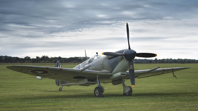 The Seafire, one of the best looking #warbirds on the circuit? By David Stoddart