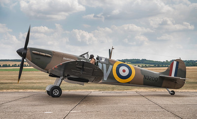 My personal favourite #warbird ! The Supermarine #spitfire MKI a N3200. By David Stoddart
