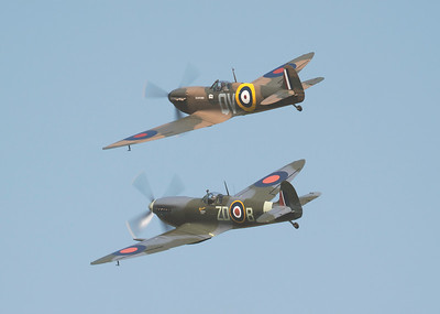 Supermarine Spitfire Mk IX MH434 - ZD-B with Supermarine Spitfire Mk Ia N3200 in Blue skies at Shuttleworth Airshow 2018 By David Stoddart