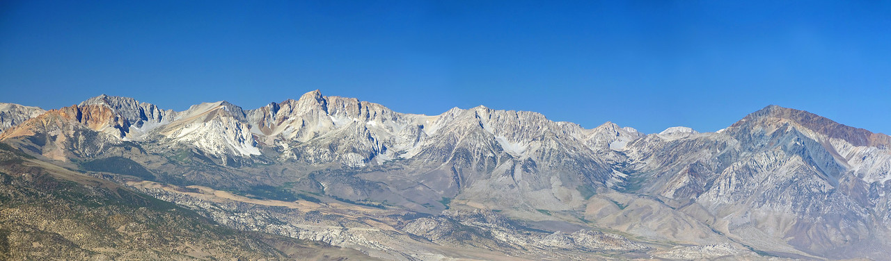 Panoramic view of Mount; Emerson, Humphreys, and Tom, from the Sierra View Point Vista.