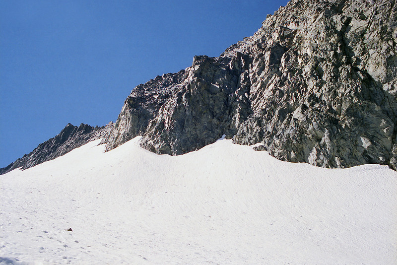 Looking up at Mt Ritter and the Sadle between Ritter and Banner