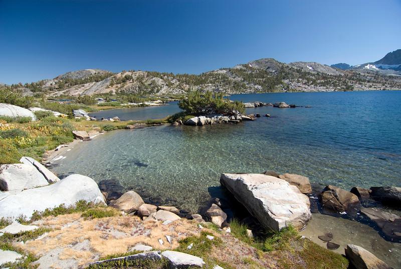 Thousand Island Lake Pic2
