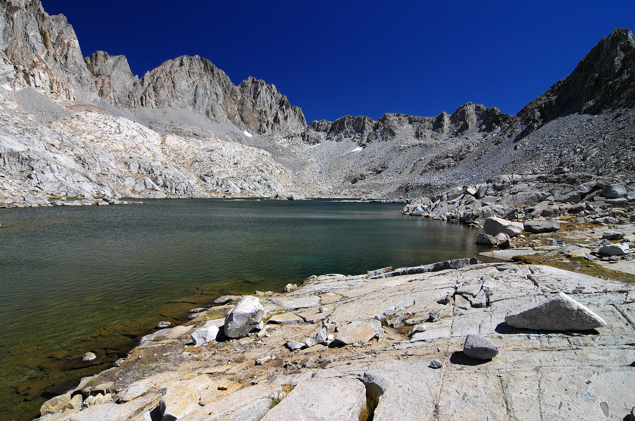The highest lake in the Dusy Basin sits about 11,425ft minust the little pond near the pass--that's no Lake.