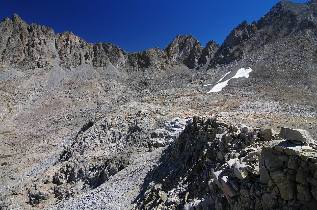 Aperture Peak and the Jigsaw Pass.