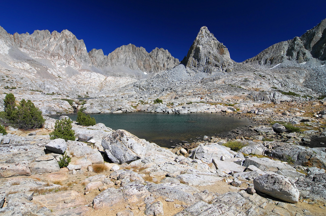 The 2nd highest Lake in the Dusy Basin.