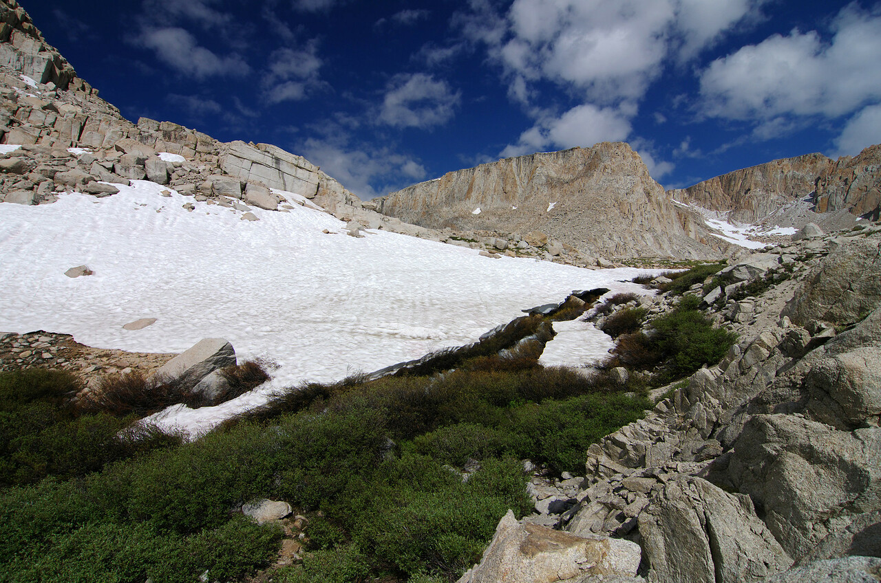 Snow along the creek that drains from Cottonwood Lake #4 and into Cottonwood Lake #3.