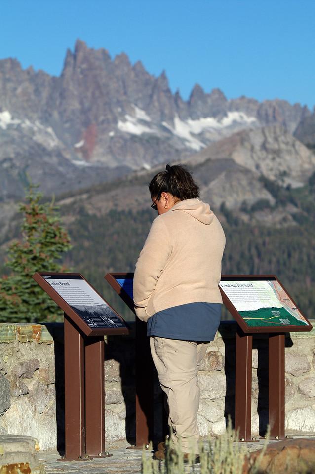 Veronica Reads @ the Mammoth Minarets Vista