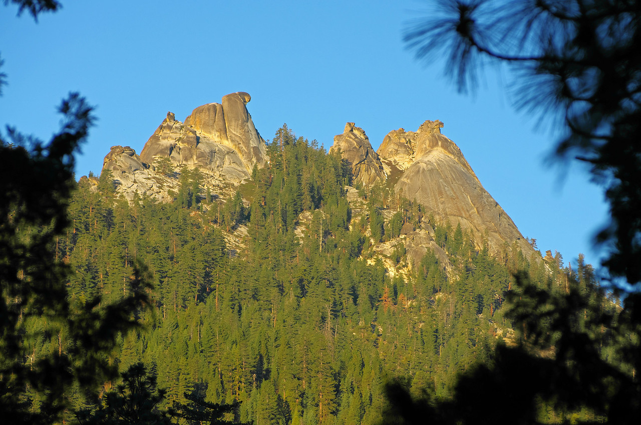 The upper and lower Eagle Beak Peaks.  The one I would climb on this day is to the far right in this picture.