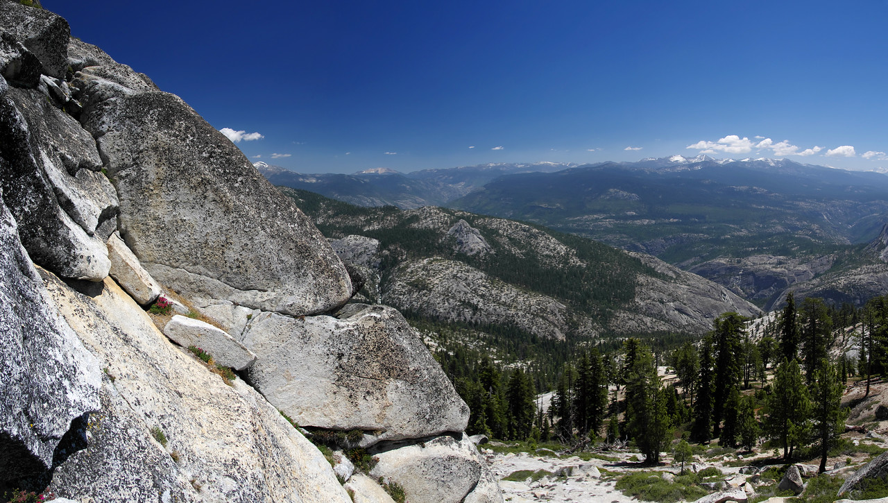 A view East as I near the summit of Squaw Dome
