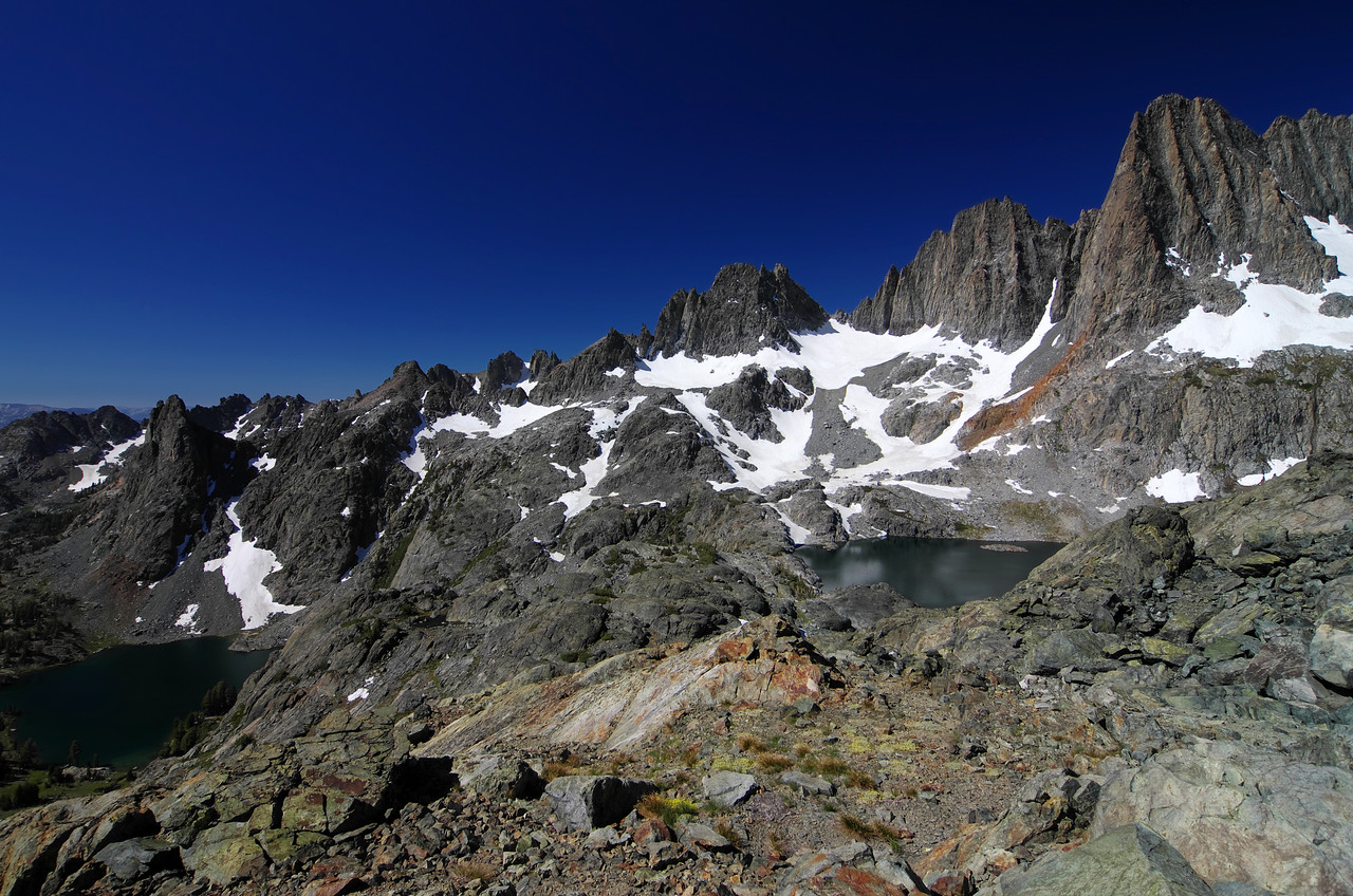 A nice view of the relationship between Minaret Lake and Cecil Lake along my climb of Volcanic Ridge.