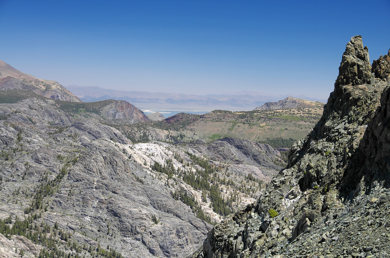My 2nd-lowest handle view atop of Volcanic Ridge is around 11,200ft.  Mono Lake as seen off in the distance from my vantage point, sits at about 6,375ft.