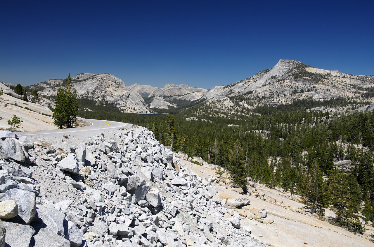 The Tioga Rd and Tenaya Lake in the distance from Olmsted Point.