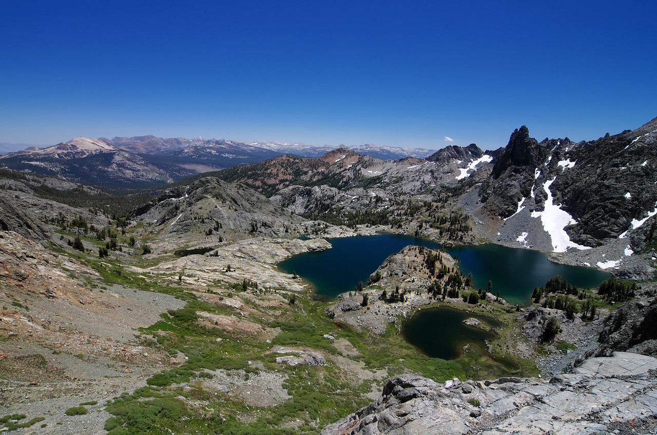 A view of Minaret Lake down below as I start to head towards Cecil Lake and the Mammoth Minarets.