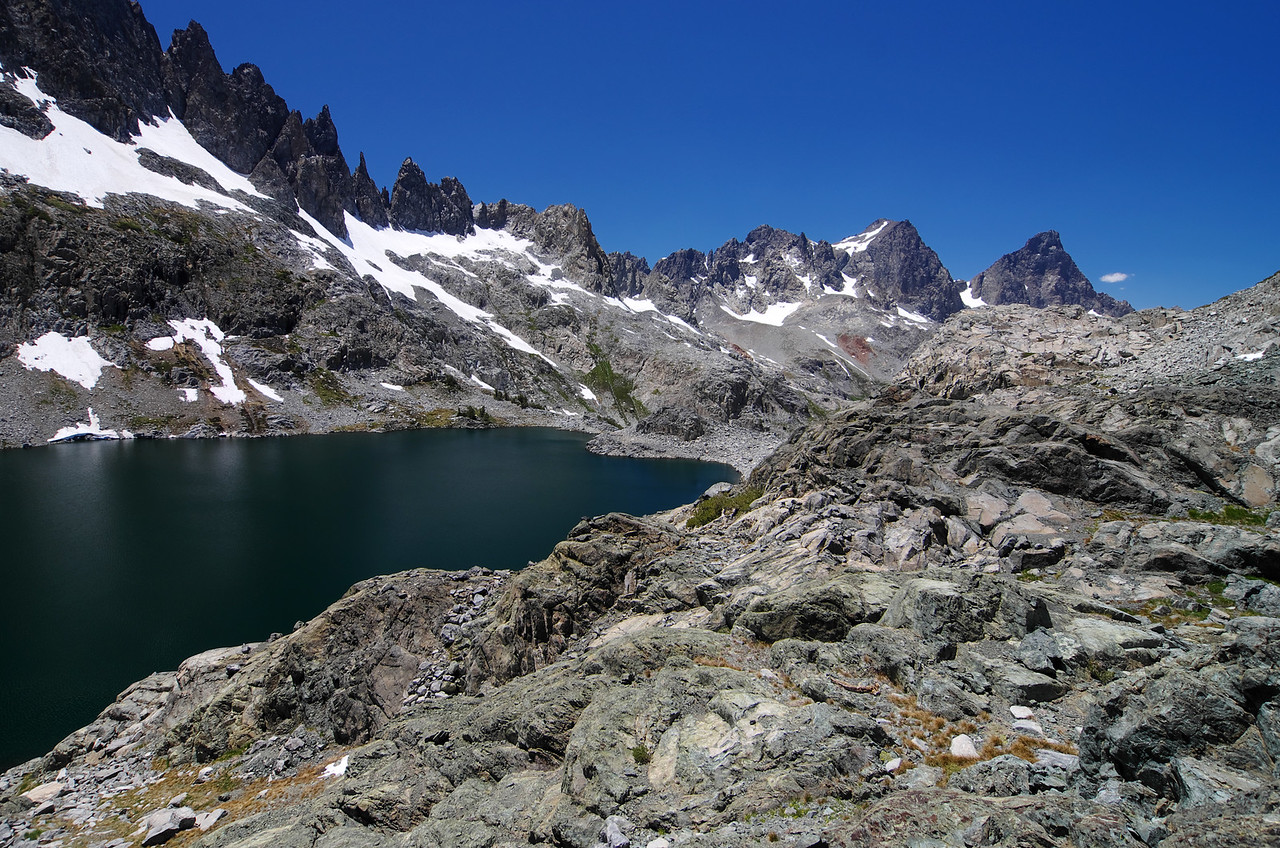 Looking north across Cecil Lake from the ridge above Minaret Lake.