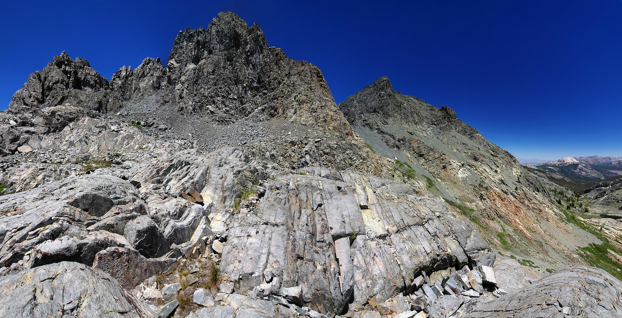 The transition from Minaret Lake to Volcanic Ridge.