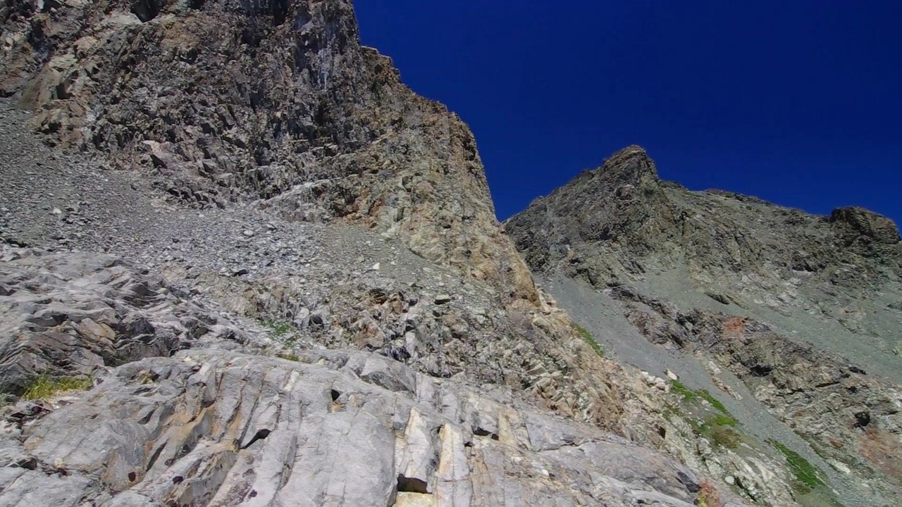 A 180 pan of the two different routes that I've now taken over the years to get atop of Volcanic Ridge for some awesome views of the Mammoth Minarets.