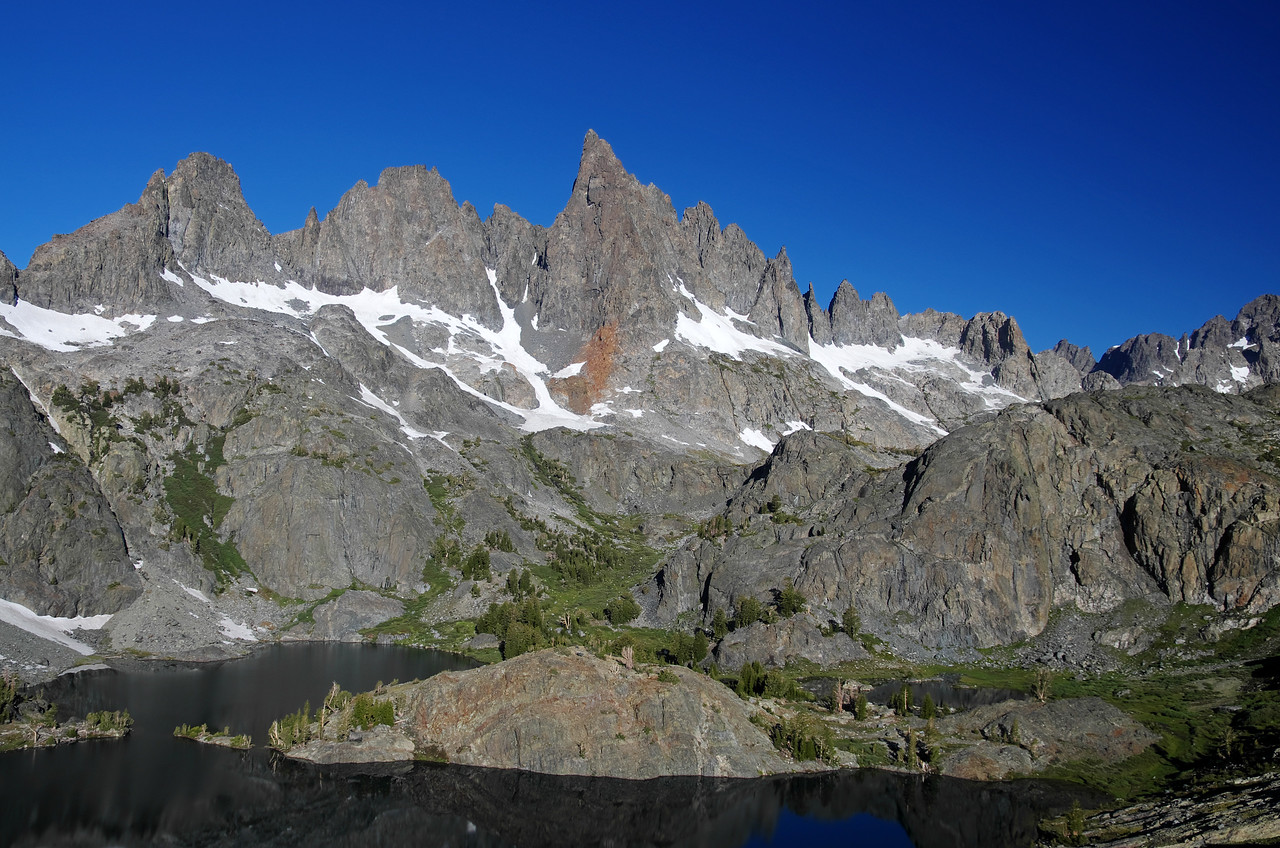 How the Mammoth Minarets rise up above Minaret Lake.