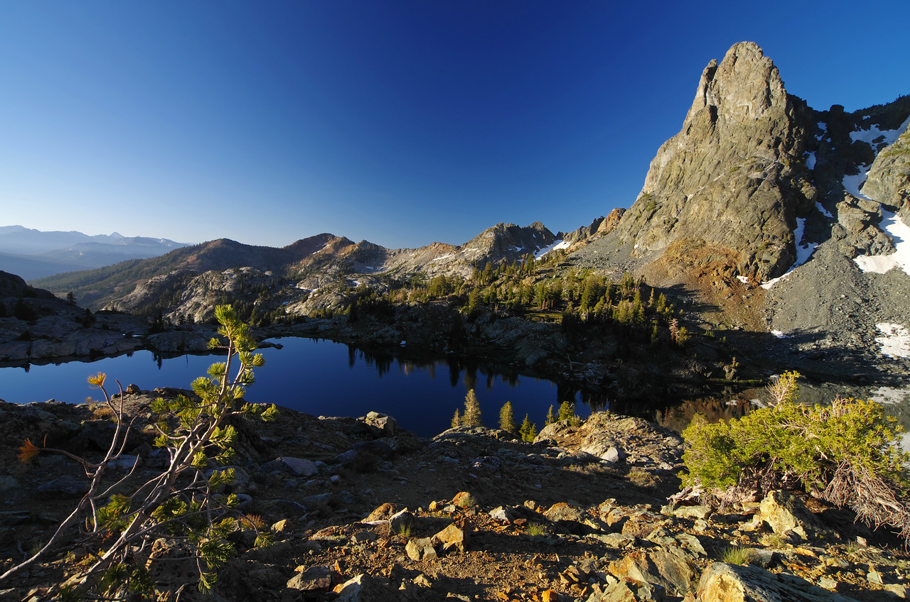Minaret Lake starts to wake-up as light becomes more abundant.