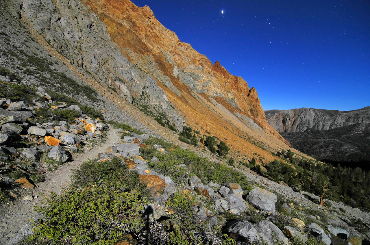 A Blue moon trailside shot a little after 5am along the Piute Pass trail around 10,400ft.