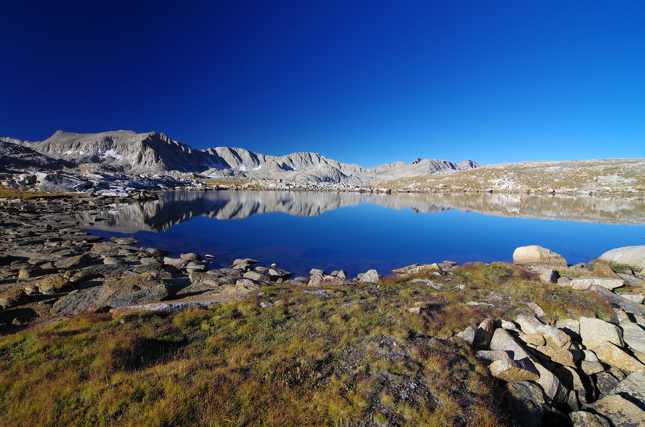 An un-named lake in the upper Humphreys Basin just SE of Cony Lake.