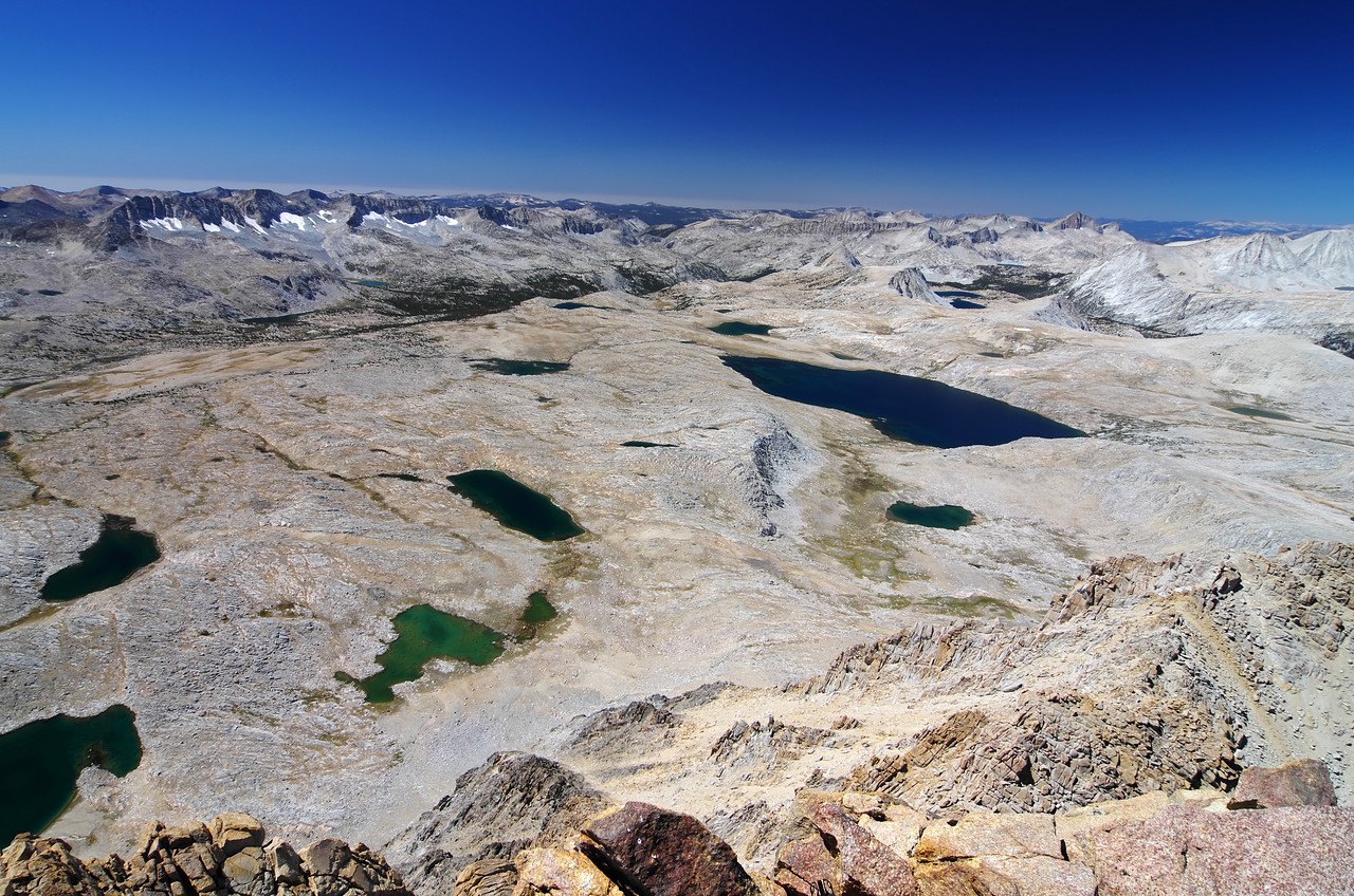 I reach the 13,986ft summit at about 12:45pm--the view overlooking the Humphrey's Basin is impressive to say the least.