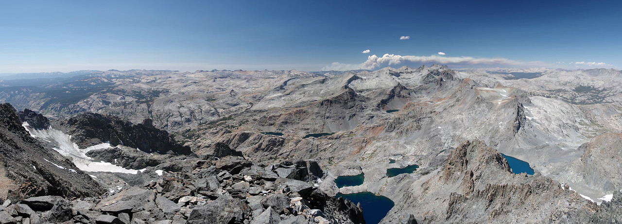 Pano looking west from atop of Mount Ritter.