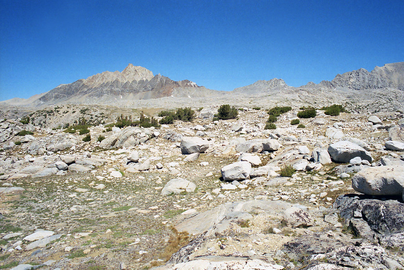Mt Humphreys and the general path to Piute Pass.
