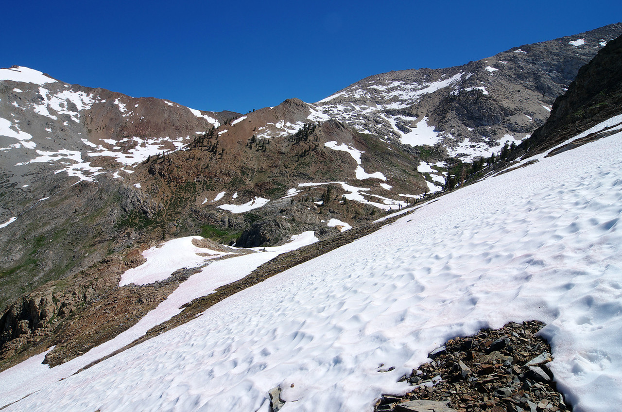 Heading towards the lower Monarch Lake along a trail-less terrain for the most part--about 10,300ft.
